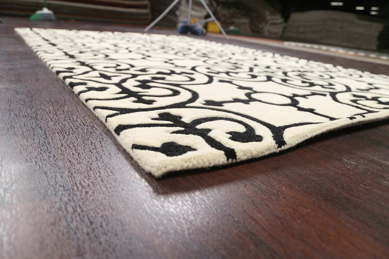 All-Over Modern Oriental Area Rug 5x8 image 6