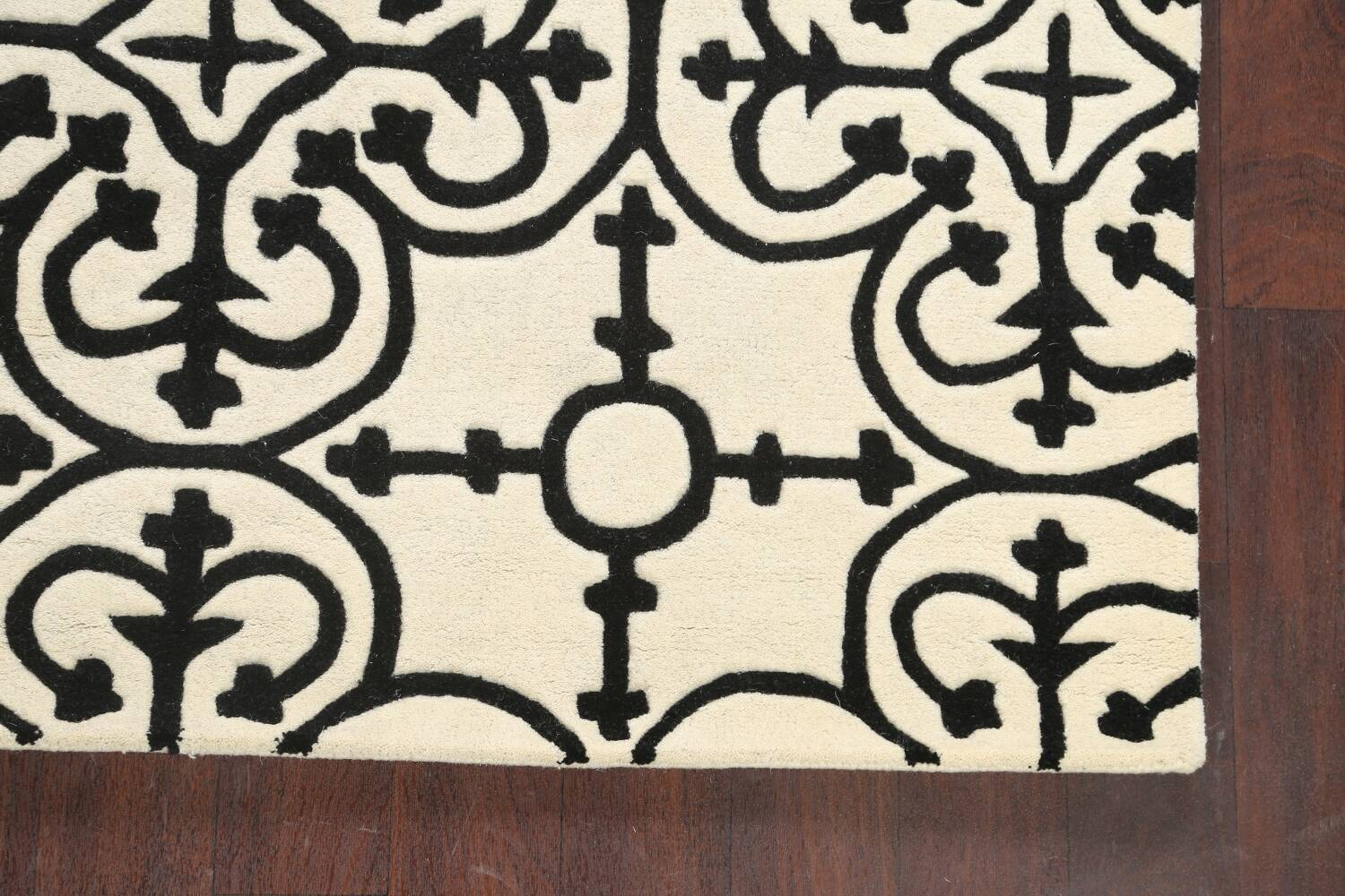 All-Over Modern Oriental Area Rug 5x8 image 5