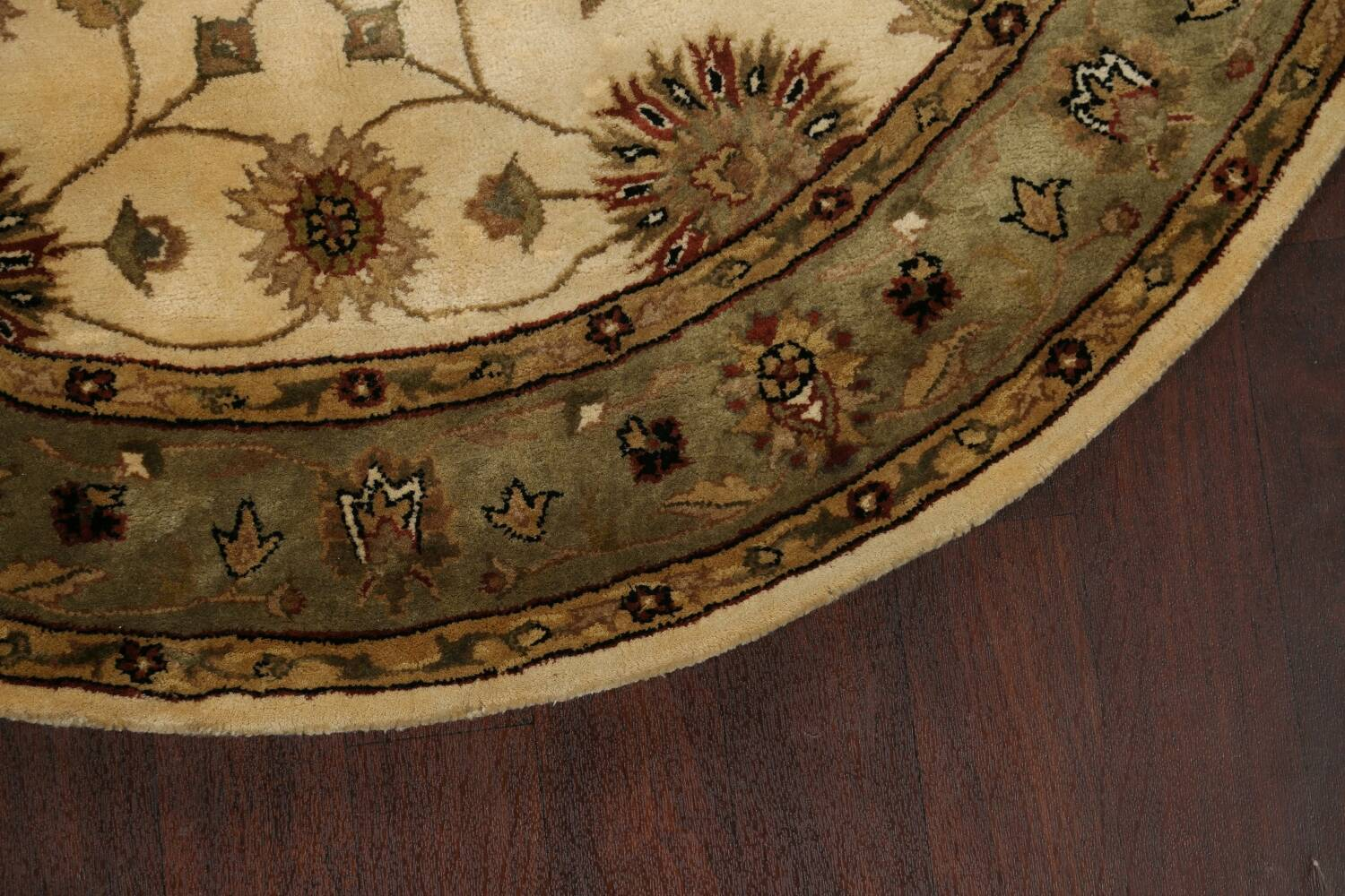 Floral Agra Oriental Area Rug 6x6 Round image 5