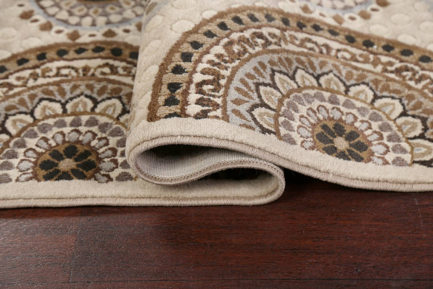 All-Over Modern Oriental Area Rug 5x7 image 10