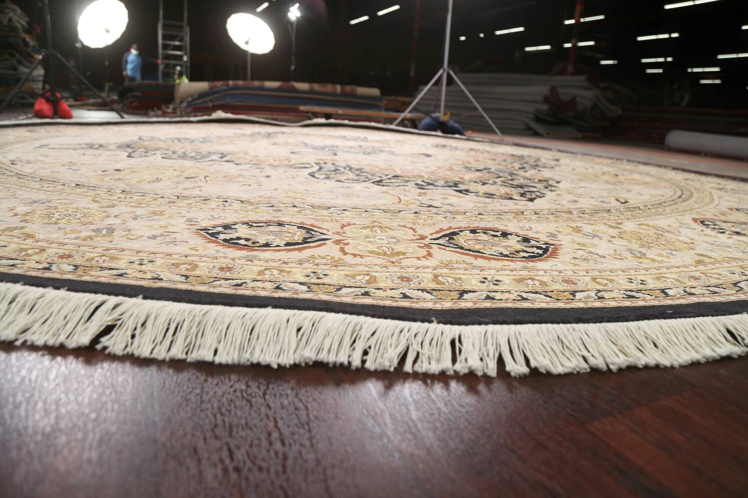 Vegetable Dye Royal-Tabriz Oriental Area Rug 12x12 Round image 7