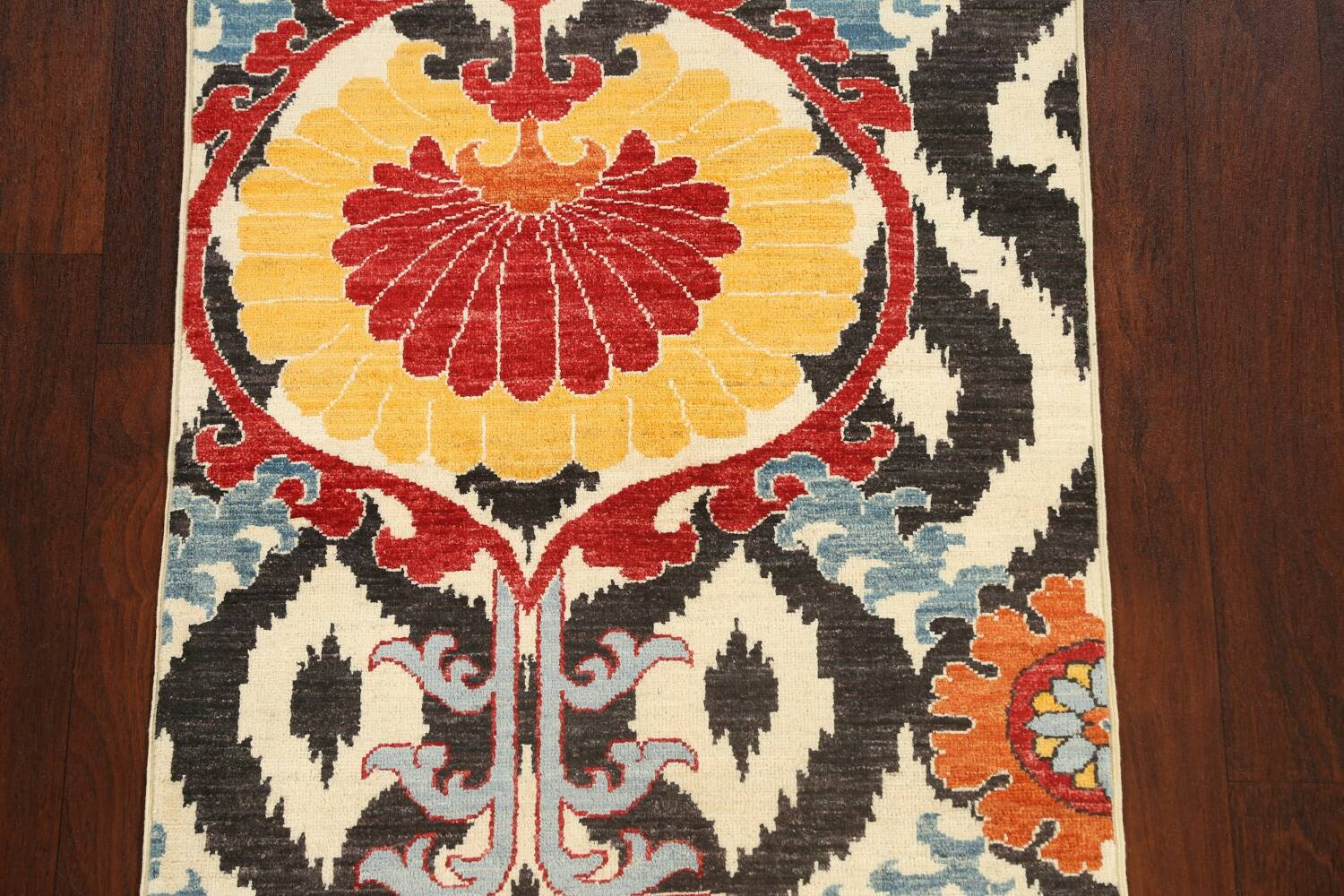 All-Over Floral IKats Oriental Runner Rug 3x8 image 4
