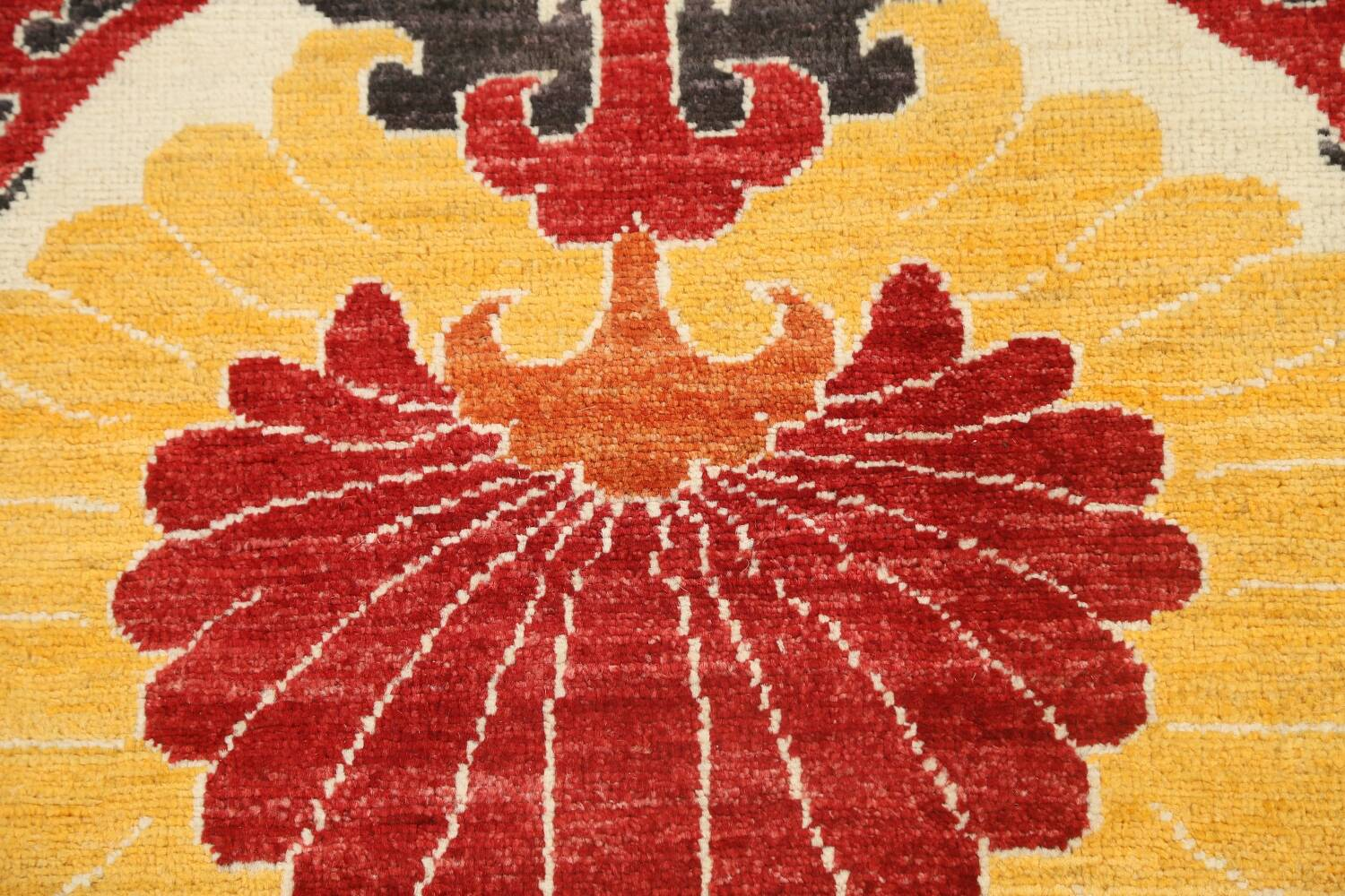 All-Over Floral IKats Oriental Runner Rug 3x8 image 10