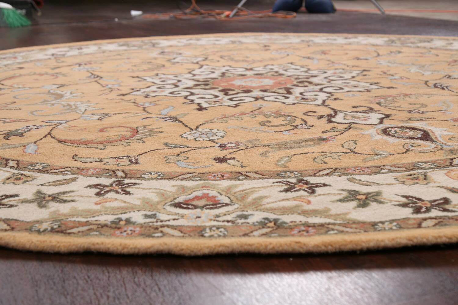 Floral Round Rug 10x10 image 7