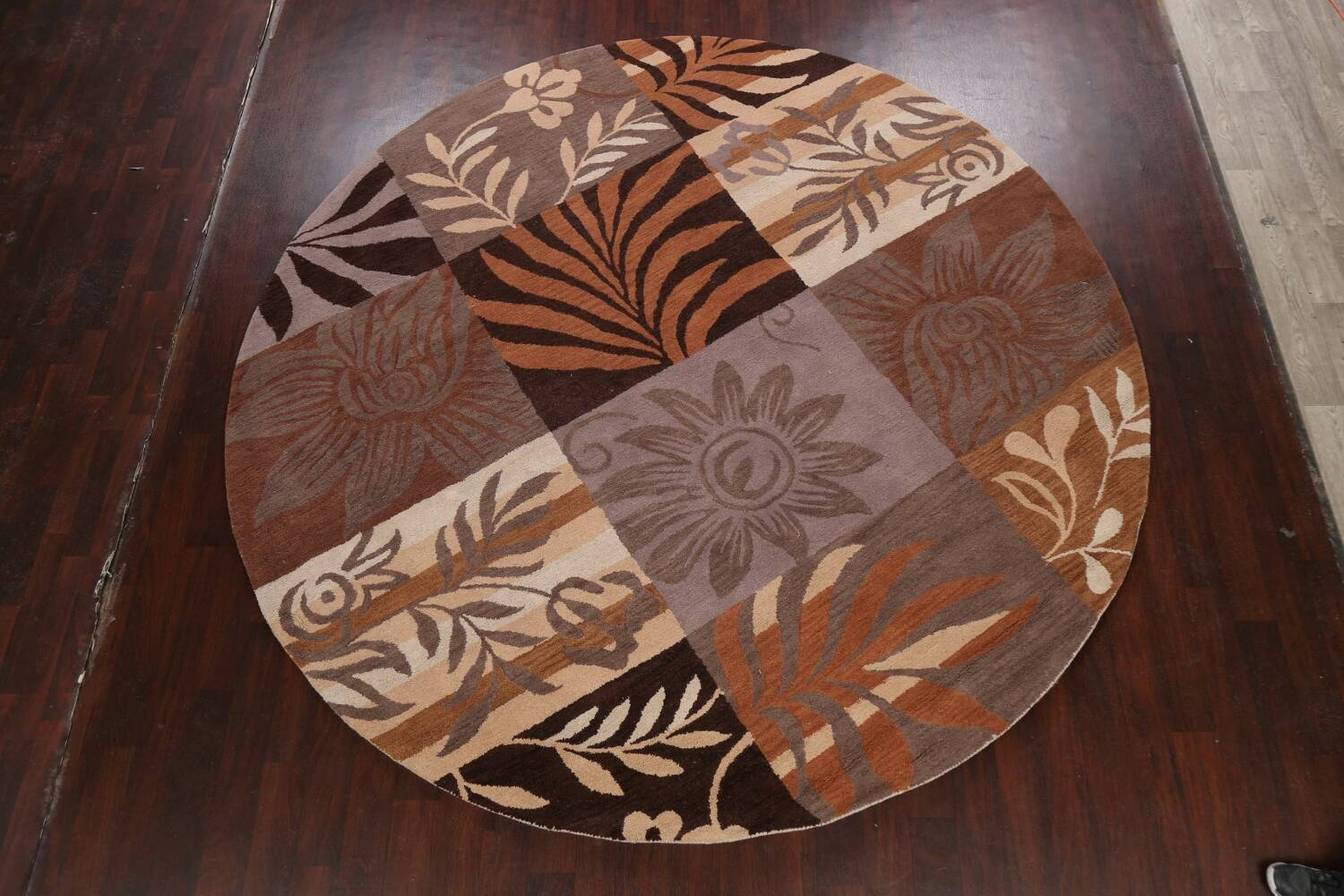 Floral Round Rug 10x10 image 11