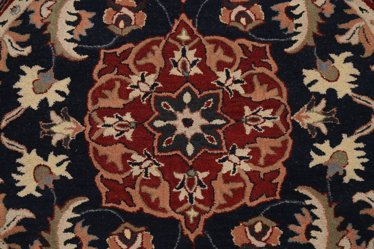 Floral Round Rug 6x6 image 4