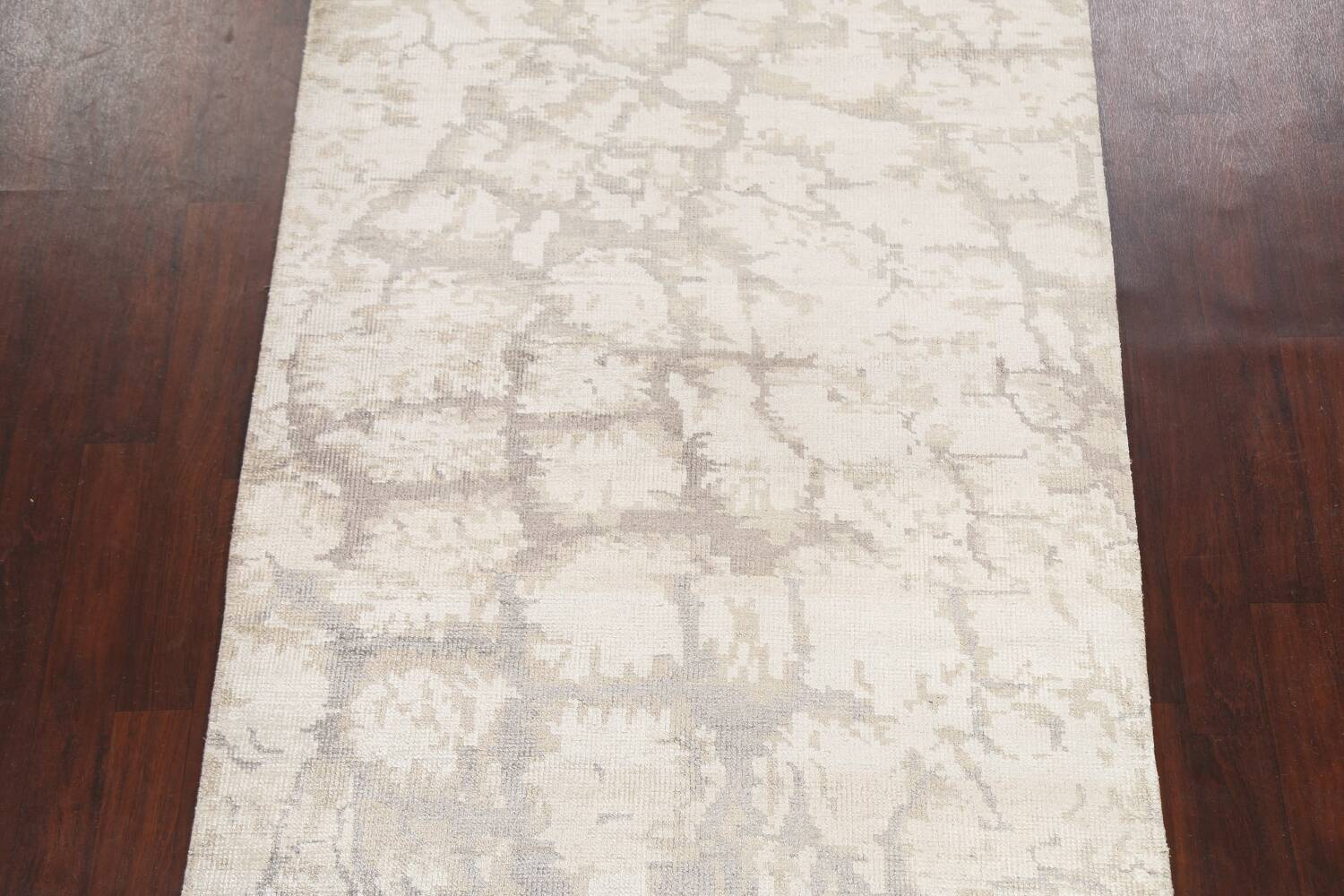 Contemporary Abstract Oriental Area Rug 5x7 image 3