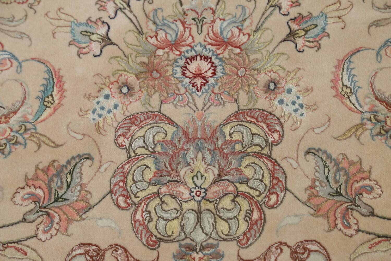 100% Vegetable Dye Floral Tabriz Persian Area Rug 22x23 Round image 9