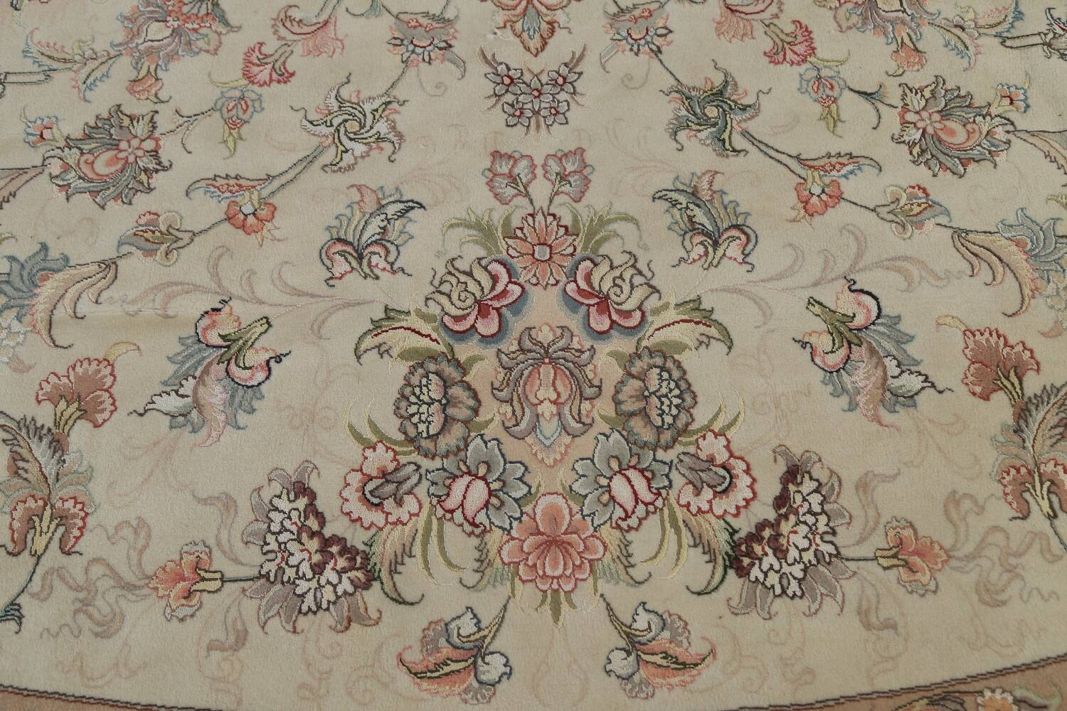 100% Vegetable Dye Floral Tabriz Persian Area Rug 22x23 Round image 13