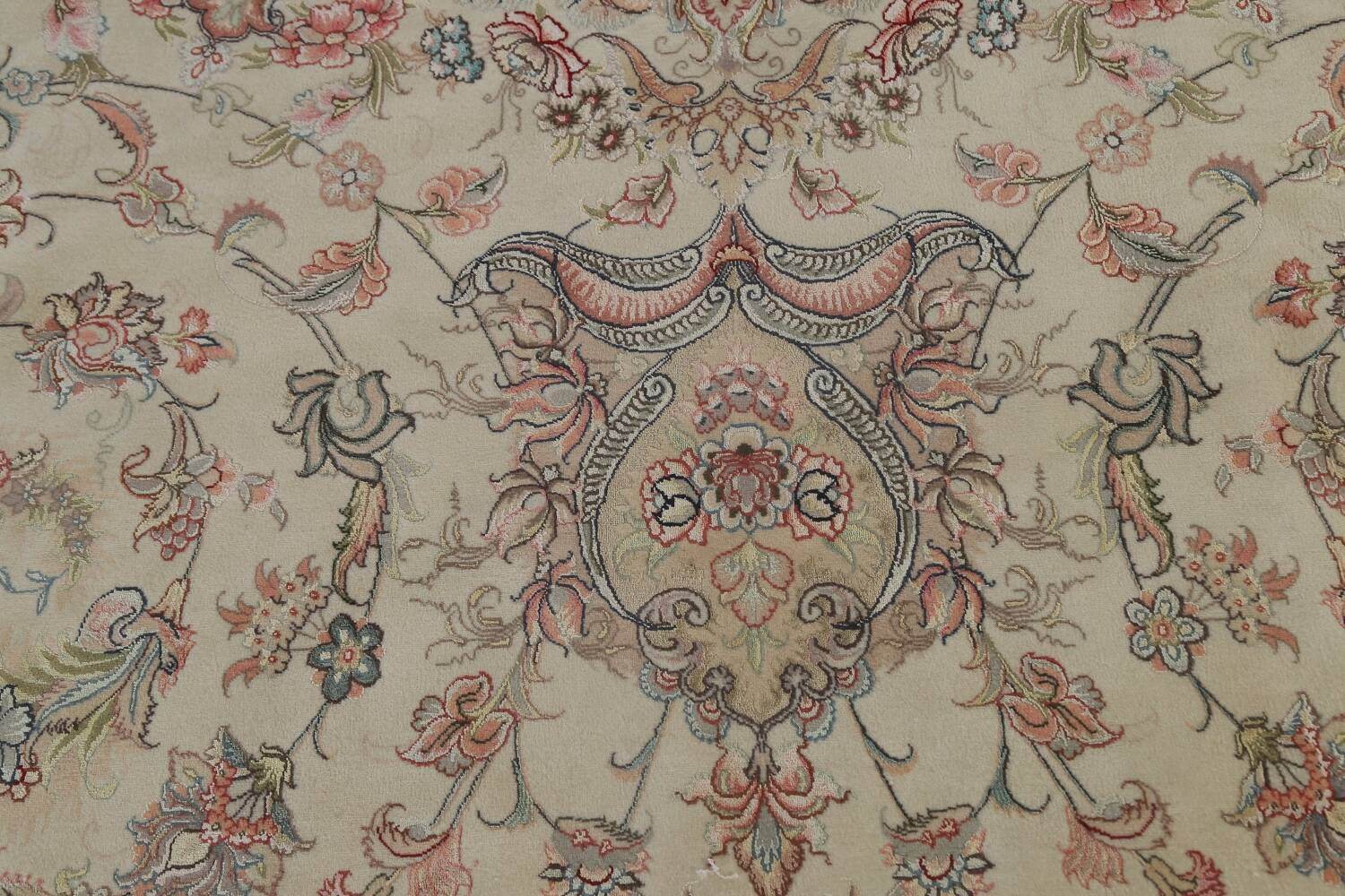 100% Vegetable Dye Floral Tabriz Persian Area Rug 22x23 Round image 15