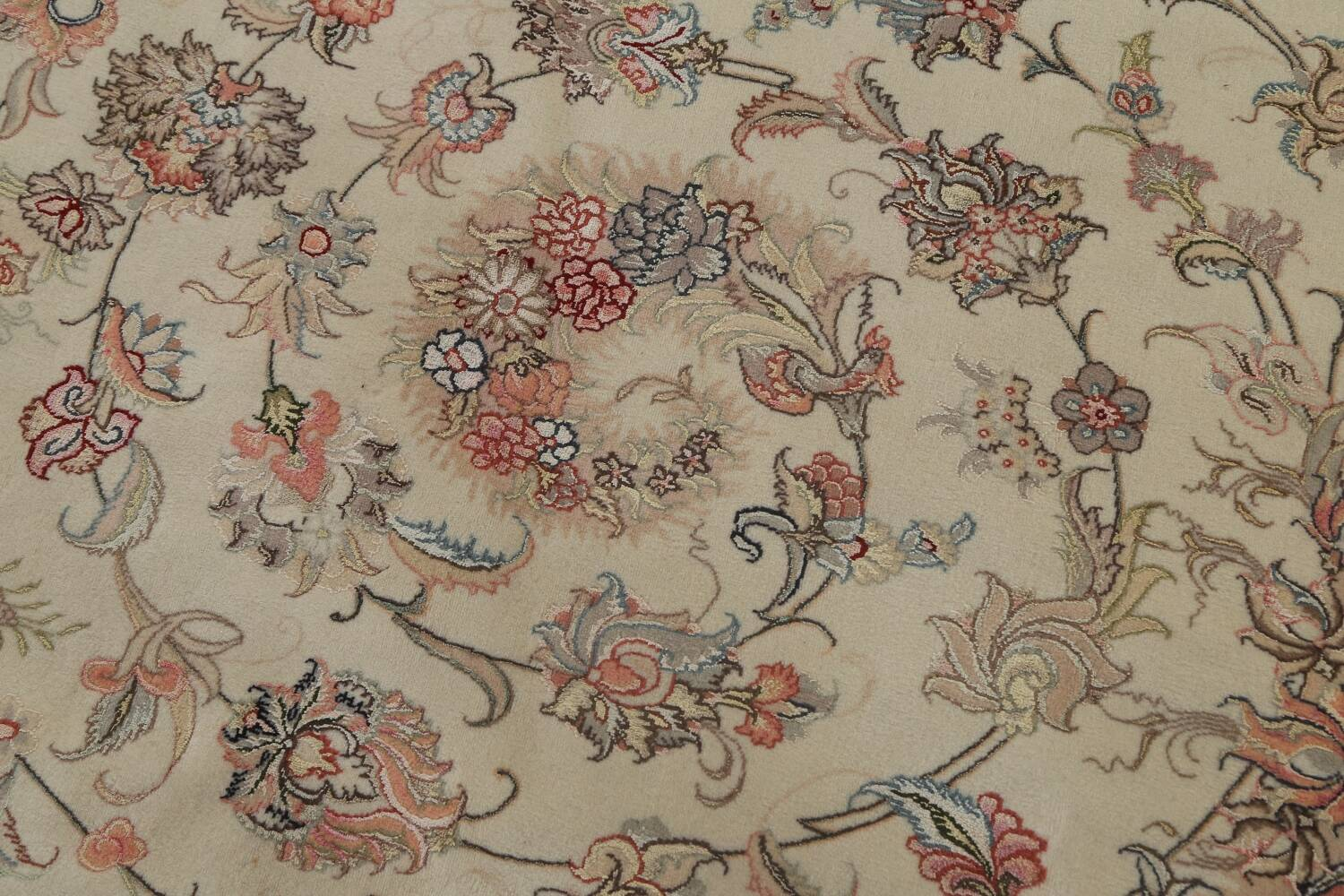100% Vegetable Dye Floral Tabriz Persian Area Rug 22x23 Round image 18