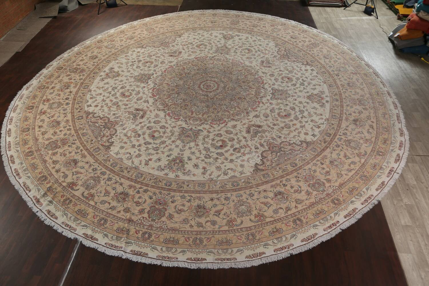 100% Vegetable Dye Floral Tabriz Persian Area Rug 22x23 Round image 23