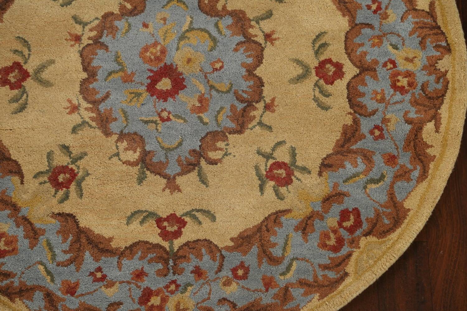 Floral Round Rug 5x5 image 6