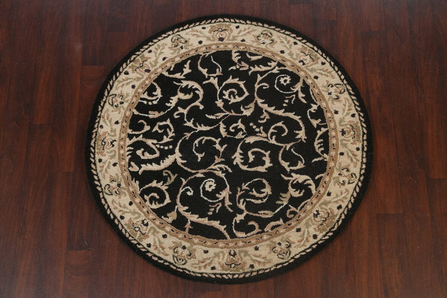 Floral Round Rug 5x5 image 2