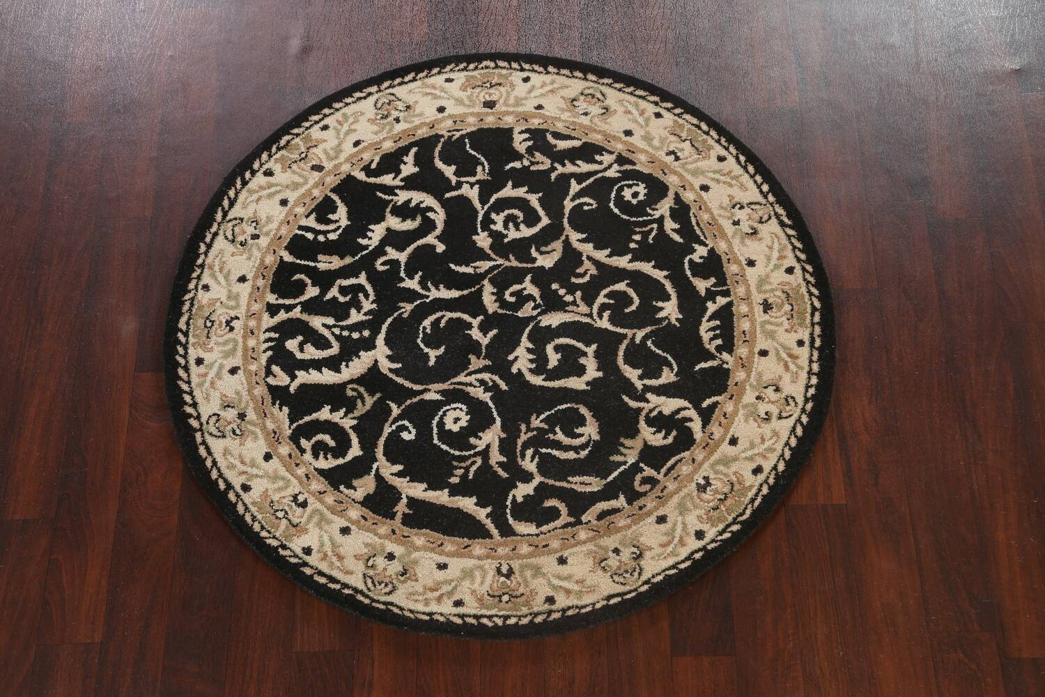 Floral Round Rug 5x5 image 9