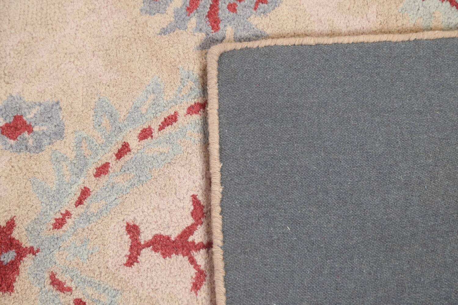 Pale Coral Hand-Tufted Floral Area Rug 6x8 image 7