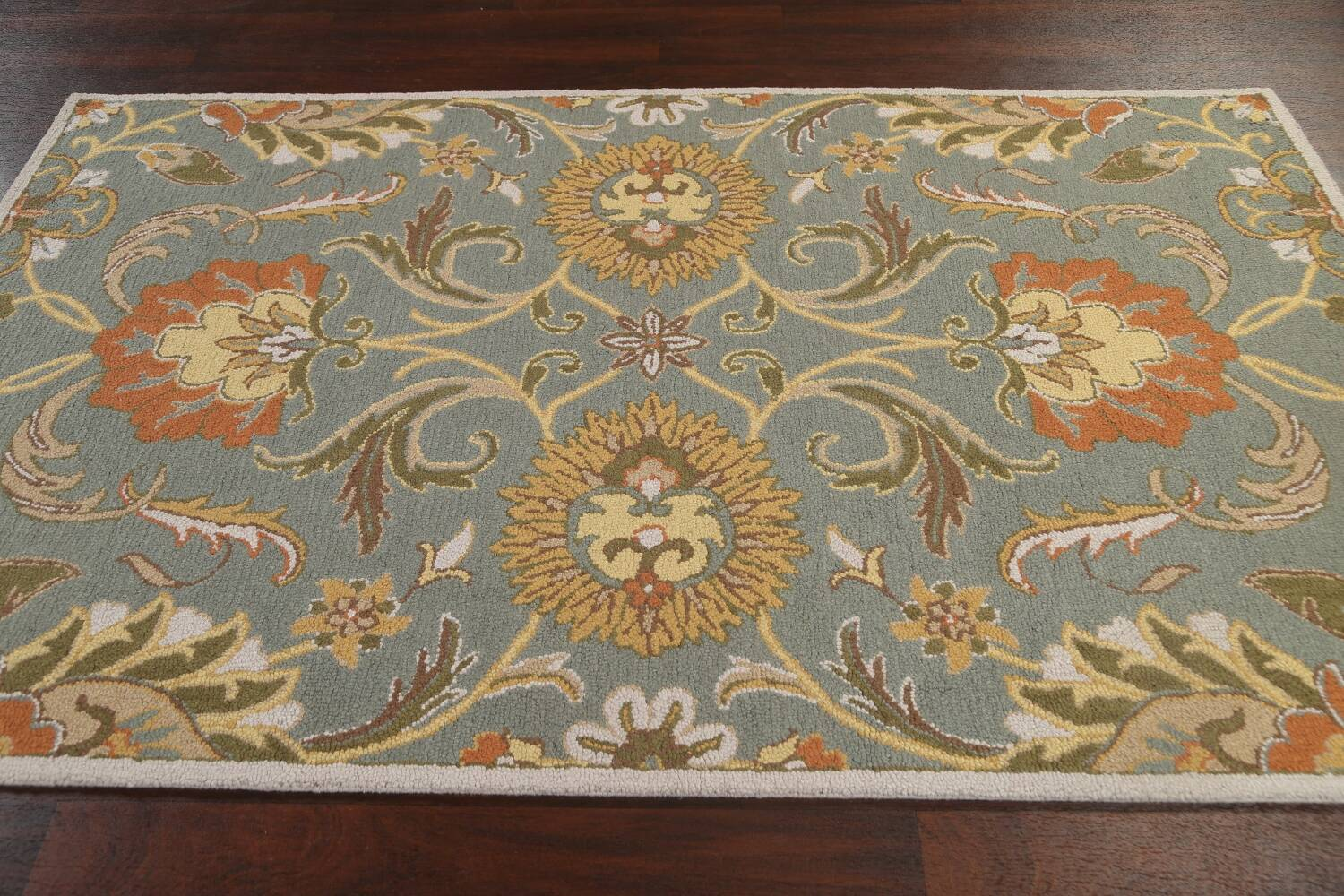 Hand-Tufted Floral Agra Area Rug 5x8 image 12