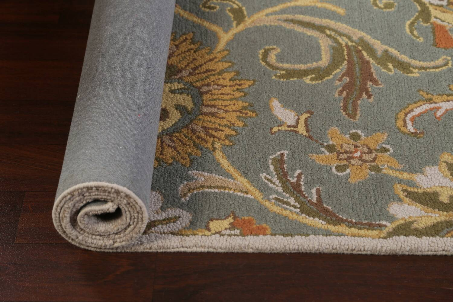 Hand-Tufted Floral Agra Area Rug 5x8 image 13
