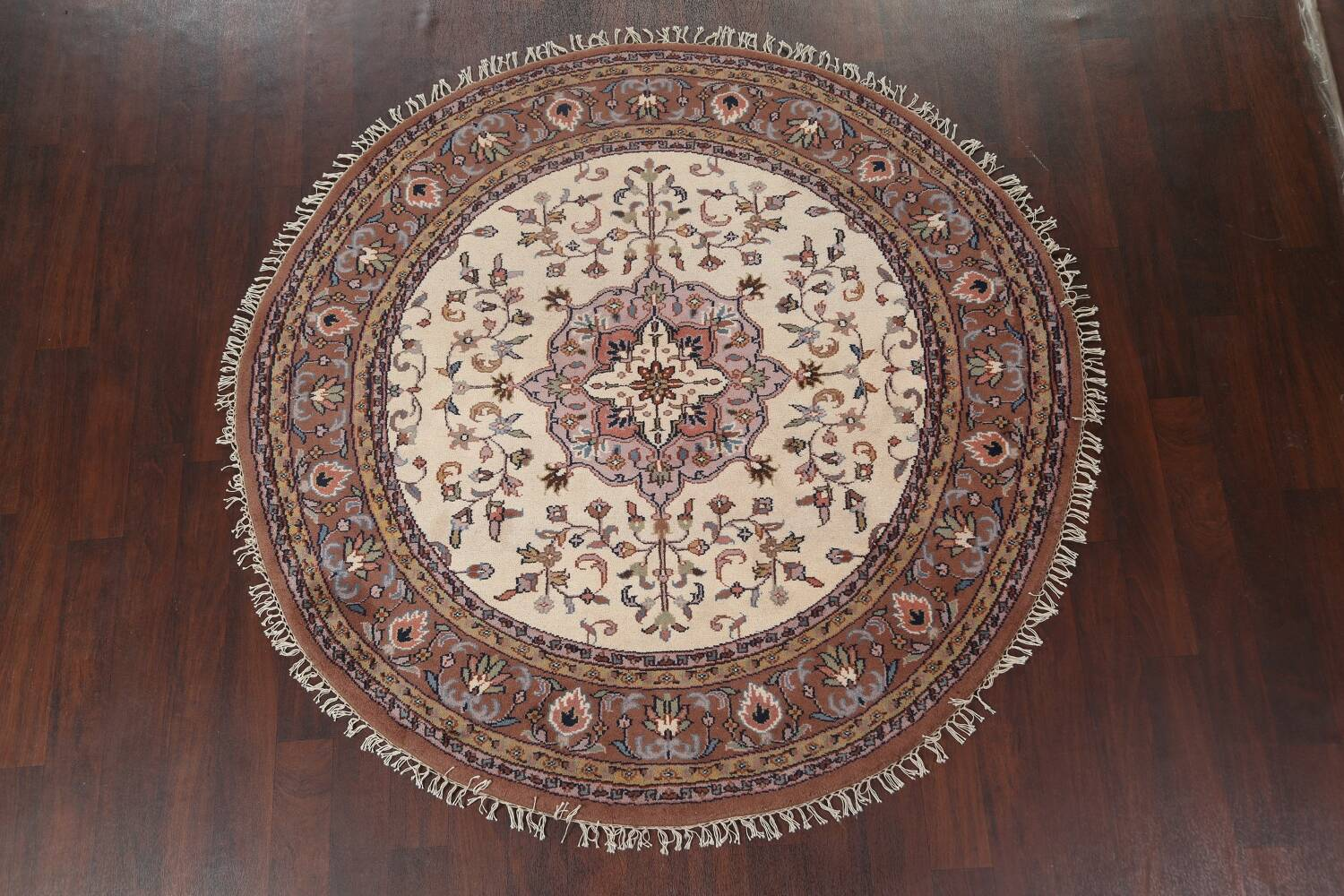 Hand-Knotted Kashan Round Area Rug 7x7 image 2