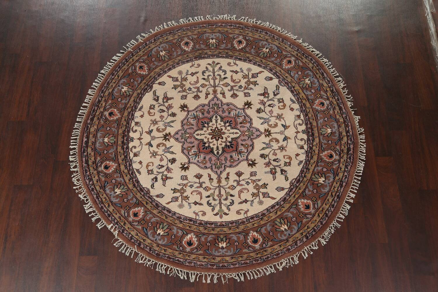 Hand-Knotted Kashan Round Area Rug 7x7 image 11