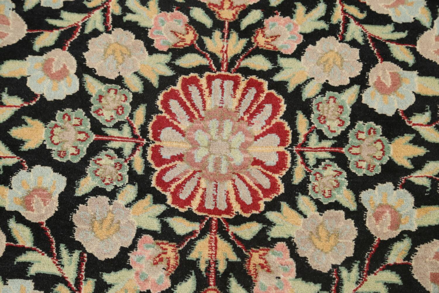 Vegetable Dye Aubusson Hand-Knotted Area Rug 4x6 image 8