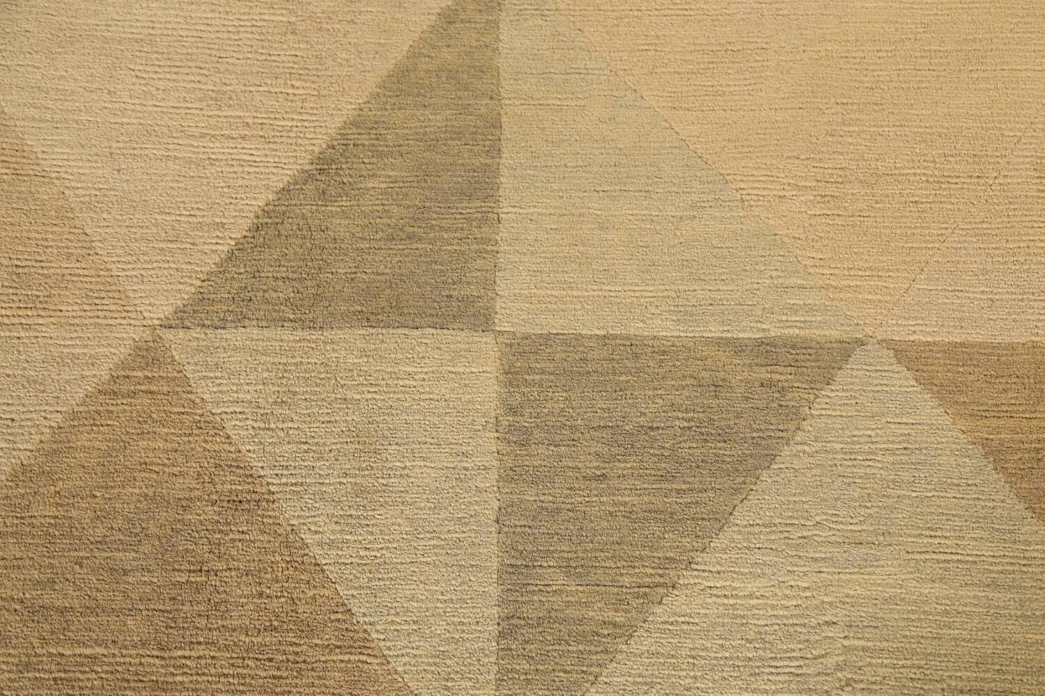 Contemporary Nepalese Wool Area Rug 8x10 image 10