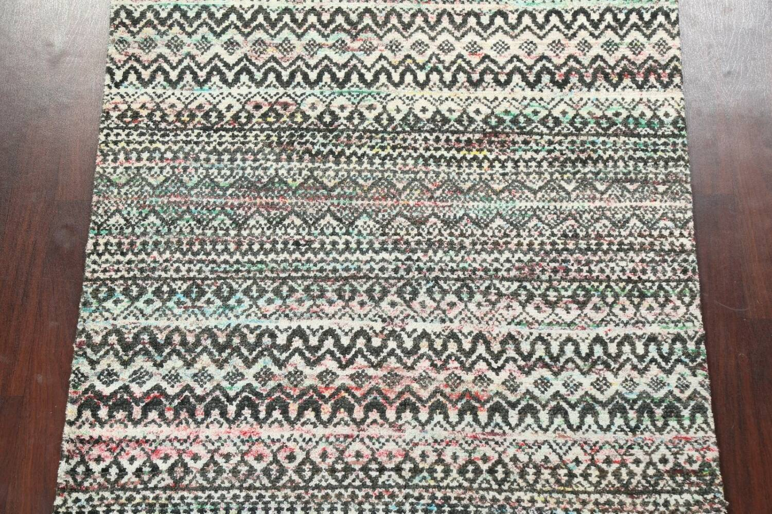 Chevron Style Abstract Oriental Area Rug 6x9 image 4